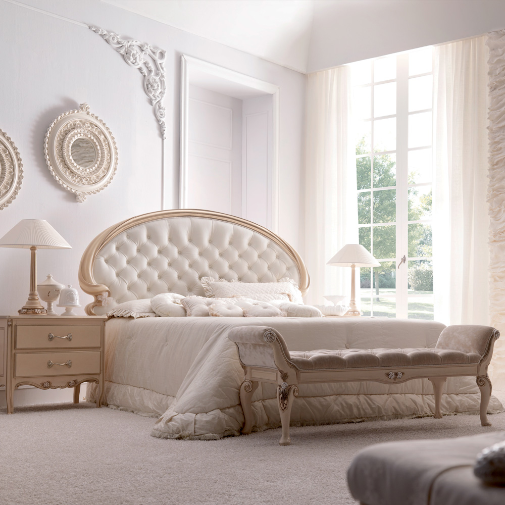 Opulent Italian Button Upholstered Bedroom Bench